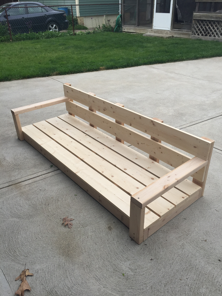 finished DIY hanging daybed